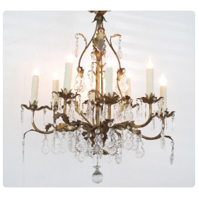 elegant italian 1960's hollywood regency 8-light gilt-tole chandelier