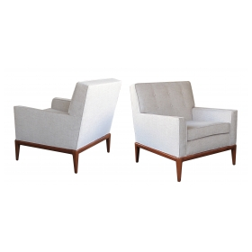timeless pair of american modernist 1950's club chairs in style of Robsjohn-Gibbings for Widdicomb