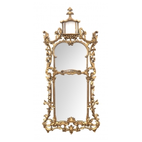 English Chippendale Style Carved Giltwood Mirror in the Chinese Taste