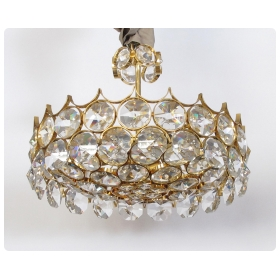 chic 1960's gilt-brass and crystal 6-light pendant chandelier designed by Gaetano Sciolari for Palwa