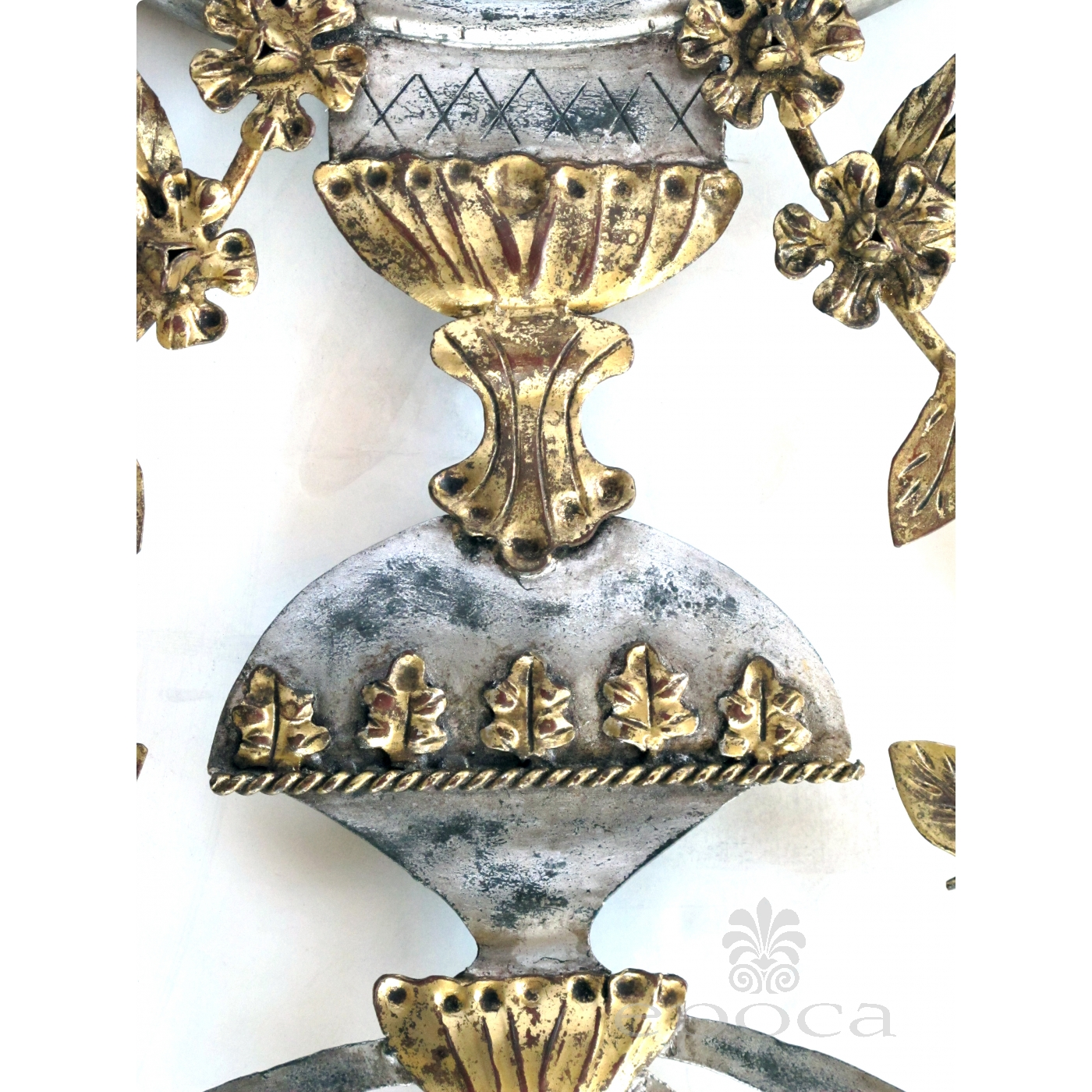 A Chic And Good Quality Italian 1960 S Silver And Gold