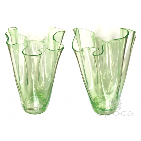 Shapely Pair of Murano Art Deco Chartreuse Glass Handkerchief Vases